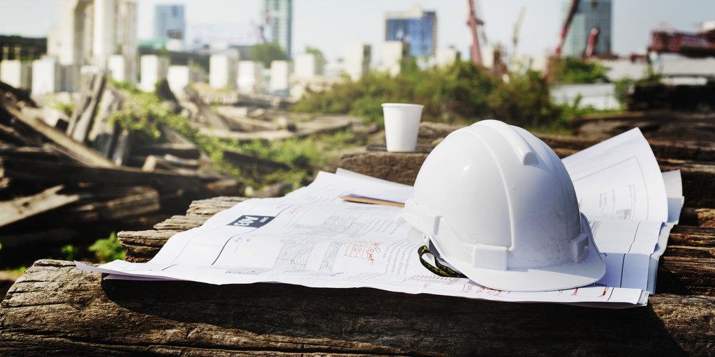 Falimentul şi insolvenţa în construcţii. Riscuri şi soluţii.