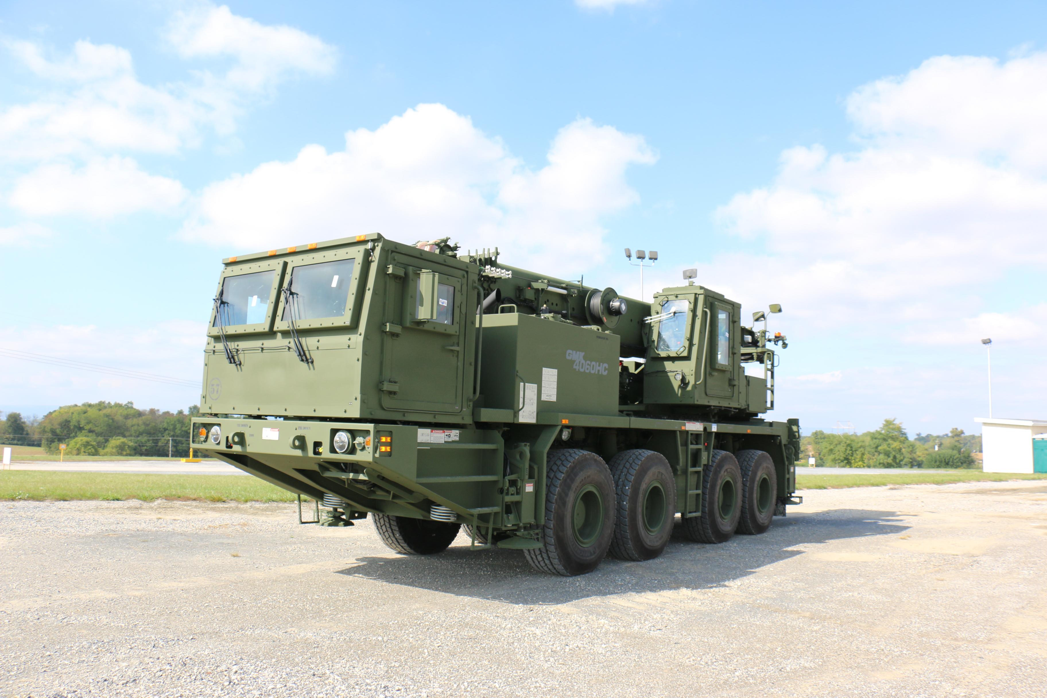 Manitowoc furnizează automacarale Grove GMK4060HC all-terain pentru armata americană