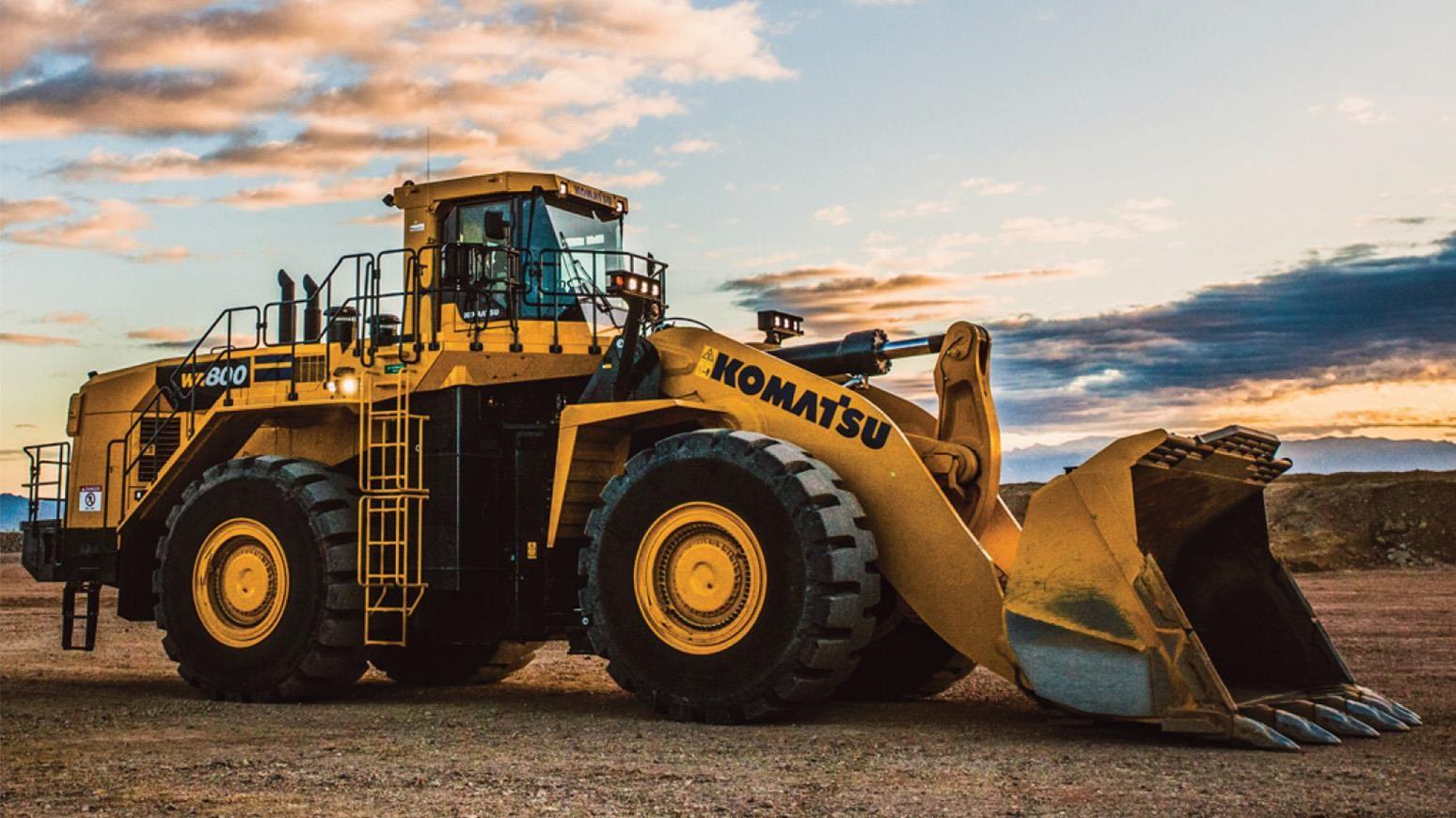 Komatsu a lansat noul încărcător frontal pe pneuri WA800-8