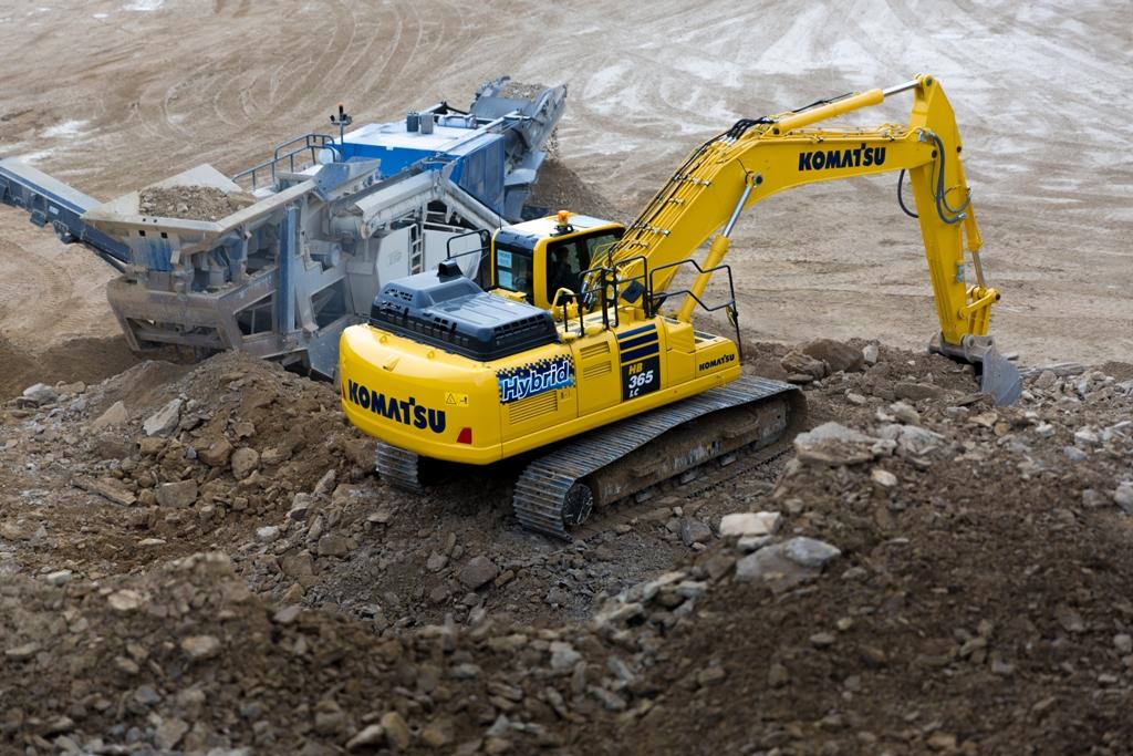 1000 de excavatoare hybrid produse în Europa