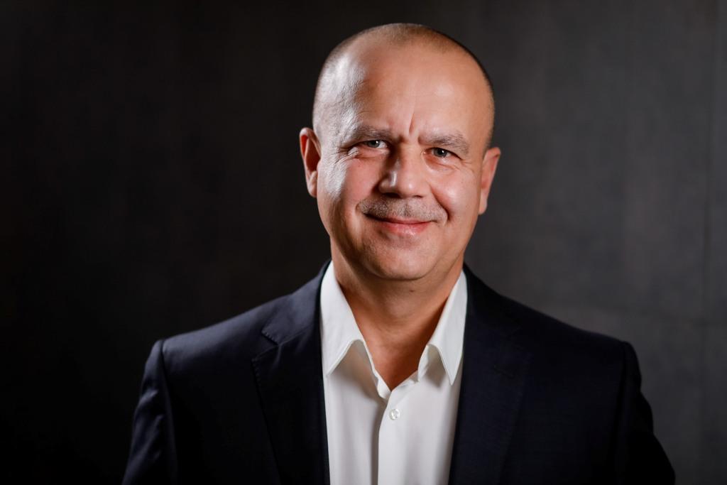 Bogdan Dobre este noul Director General al Holcim România