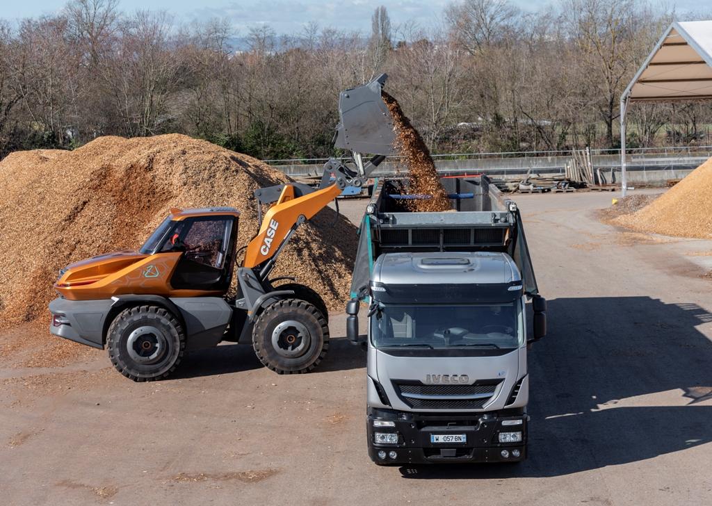 CASE Construction Equipment – de la proiectul TETRA la ZEUS